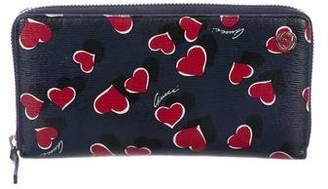 Gucci Heartbeat Zip Around Wallet