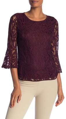 Adrianna Papell 3\u002F4 Length Lace Bell Sleeve Top
