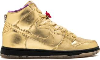 Nike SB Dunk High QS sneakers