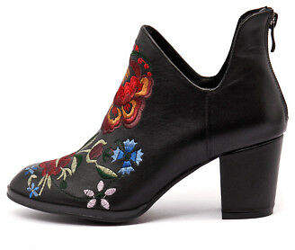 Django & Juliette New Jaycon Black Embroidery Womens Shoes Casual Boots Ankle