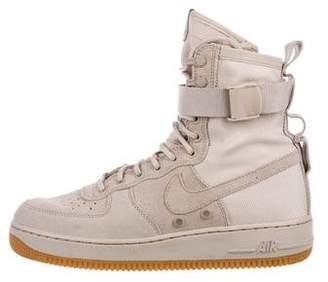 Nike SF AF1 Mid-Top Sneakers