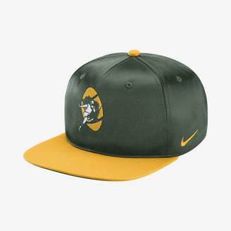 Nike Pro Historic (NFL Packers) Adjustable Hat