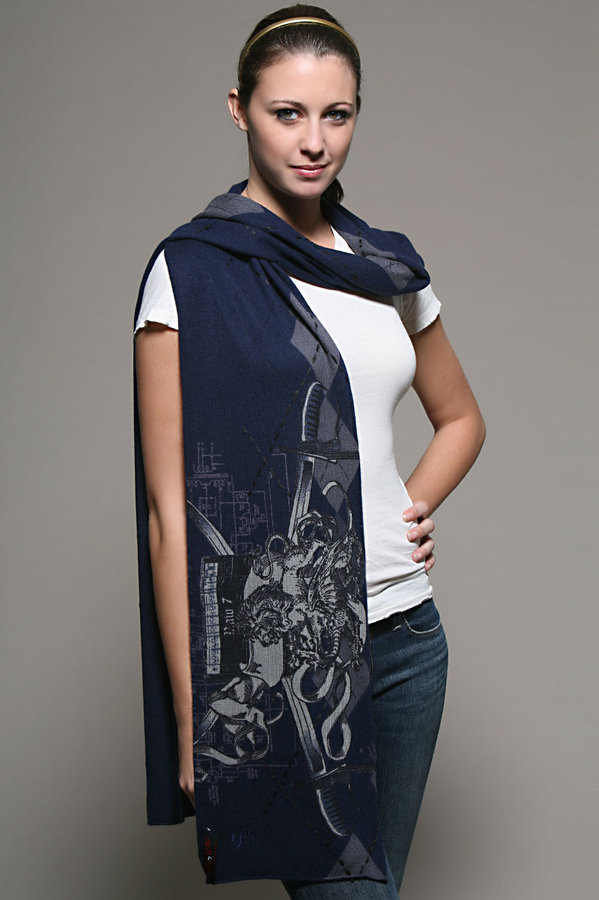 Raw 7 Lion Scarf in Navy