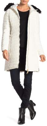 Hunter Fitted Faux Fur Trim Down Coat