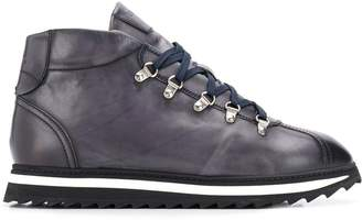 Doucal's lace-up boots