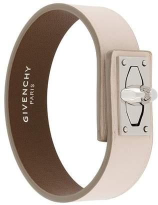 Givenchy (ジバンシイ) - Givenchy シャークロック ブレスレット