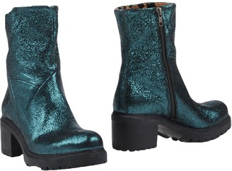 Alexander Hotto Ankle boots - Item 11451725RQ