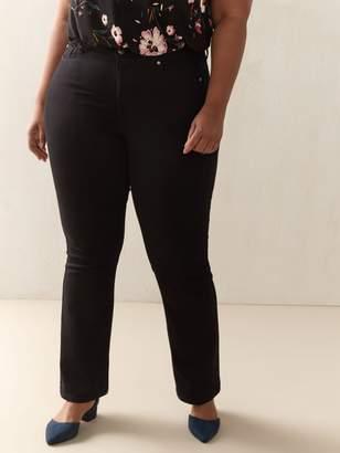 Universal Fit, Black Bootcut Jean - d/C JEANS