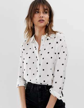 Warehouse shirt with tie cuffs in polka dot