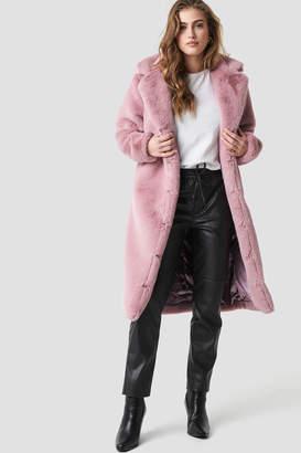 Aéryne Paris Dewi Faux Fur Coat Lavande