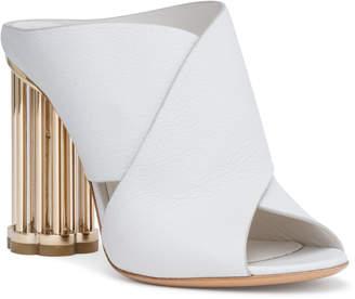 Salvatore Ferragamo Abriola Crisscros 100 white leather sandals