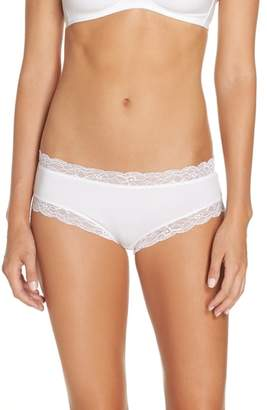 Hanro Cotton Lace Hipster Briefs