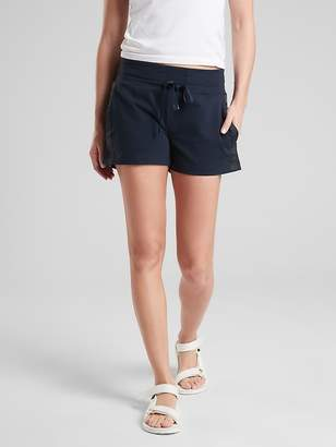 "Athleta Metro Downtown 4"" Short"