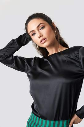 Rut & Circle Rut&Circle Back Wrap Blouse Black