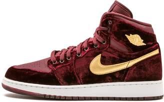 Nike Girl's Air Jordan Retro 1 Hightop Shoe Night Maroon/Metallic Gold-WhiteY