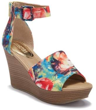 Kenneth Cole Reaction Sole Quest Wedge Sandal