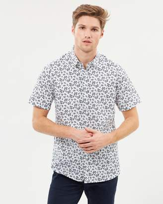 yd. Mid Floral SS Shirt