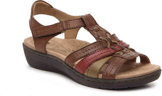 Earth Origins Amelie Wedge Sandal - Women's