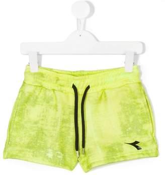 Diadora Junior logo print shorts