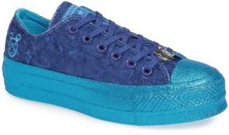Converse x Miley Cyrus Chuck Taylor All-Star Lo Sneaker