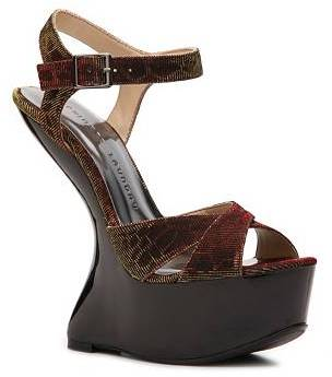 Chinese Laundry Close Call Wedge Sandal