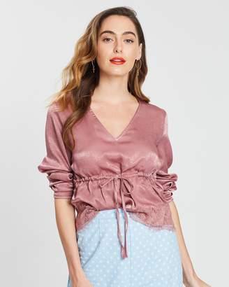Missguided Peached Satin Tie-Front Lace Trim Top