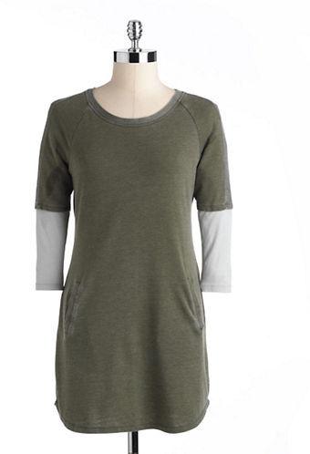 Jessica Simpson Malikah Raglan Three-Quarter Sleeved Dress