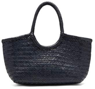 Dragon Optical Diffusion - Nantucket Woven Leather Basket Bag - Womens - Navy