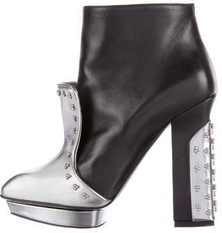 Alexander McQueenAlexander McQueen Leather Platform Ankle Boots