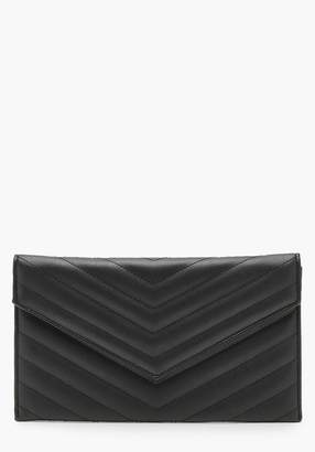 boohoo Chevron Quilted Clutch & Chain