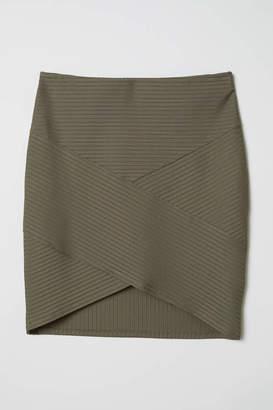 H&M Fitted Skirt - Black - Women