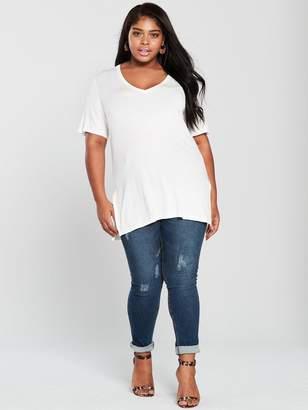 20a47629a54a5c V By Very Curve V by Very Curve V Neck Longline T-shirt