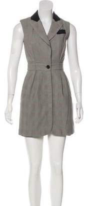 Lover Sleeveless Peak-Collar Dress