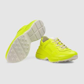 Rhyton fluorescent leather sneaker