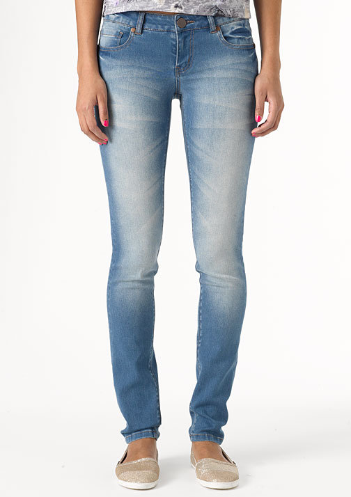 Olivia Low-Rise Jegging Light Wash