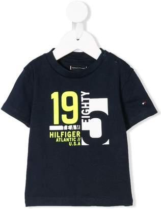 Tommy Hilfiger Junior logo patch T-shirt