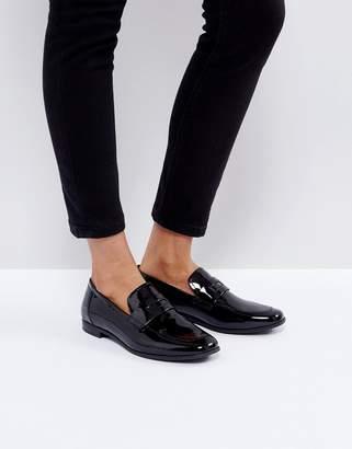 Vagabond Marilyn Patent Loafer Shoe