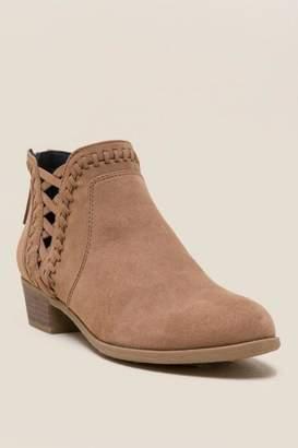 Indigo Rd Calido Ankle Boot - Cognac