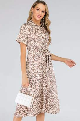 aa1231c29061 D. Anna Cream & Coral Leopard-Print Satin Midi Shirt Dress