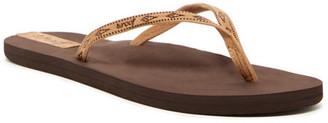 Reef Slim Ginger Leather Flip Flop $36 thestylecure.com