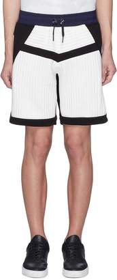MASSBRANDED 'Stem' stripe inseam quilted sweat shorts