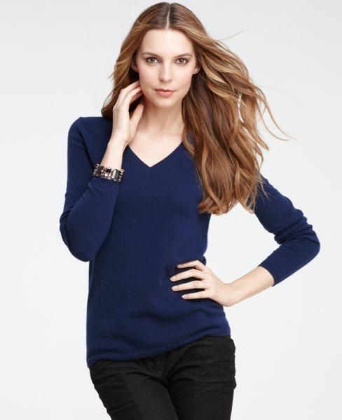 Petite Cashmere Long Sleeve V-Neck Sweater