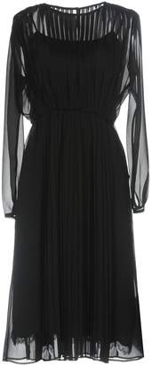 Muveil Knee-length dresses