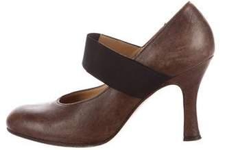 Marni Leather Round-Toe Pumps