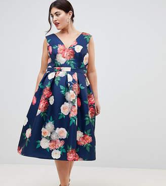 Chi Chi London Plus v neck printed midi dress
