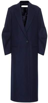 Twist Sleeve virgin wool coat