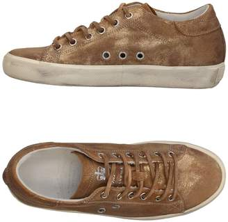 Leather Crown Low-tops & sneakers - Item 11381670