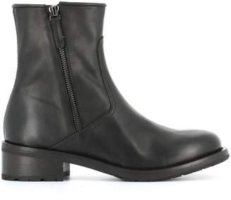Henderson Boots viola
