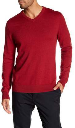 WALLIN & BROS Solid V-Neck Sweater