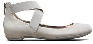Kenneth Cole REACTION Women's Pro Time Ballet Flat $39.99 thestylecure.com
